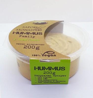 Хумус с маслини