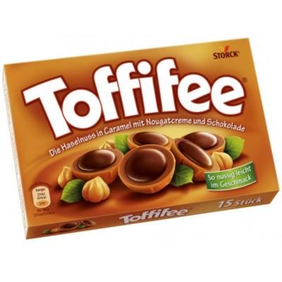 Бонбони Toffifee карамел и лешник